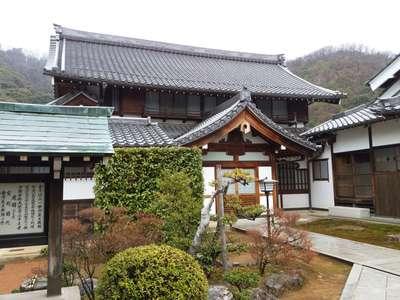 開善院の近くの神社お寺|鶴棲院