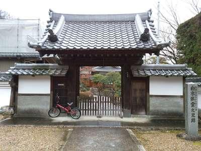 開善院の近くの神社お寺|臥雲院