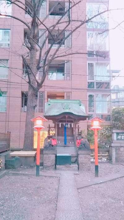 小網神社の近くの神社お寺|銀杏八幡宮