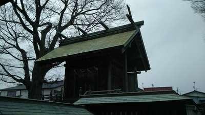 四郎介稲荷神社の本殿