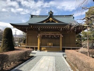 伊奈神社の本殿