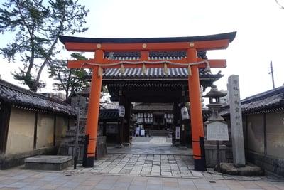 京都府下御霊神社の鳥居