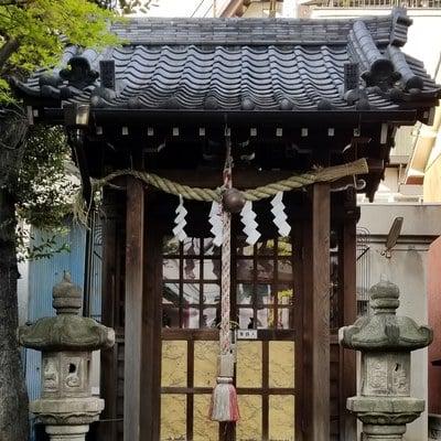 東京都石井神社の本殿