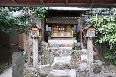 津島社の本殿