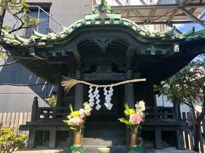 東京都龍光不動尊の本殿