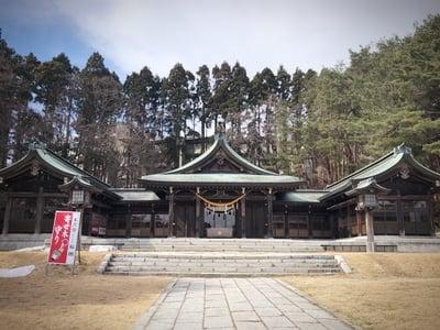 函館護国神社の本殿