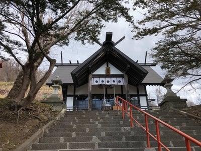虻田神社の本殿