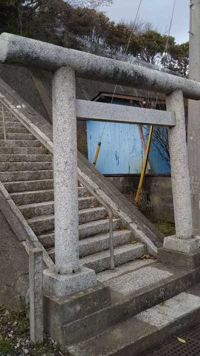 三峰神社の鳥居