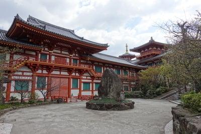 大阪府金剛寺の本殿