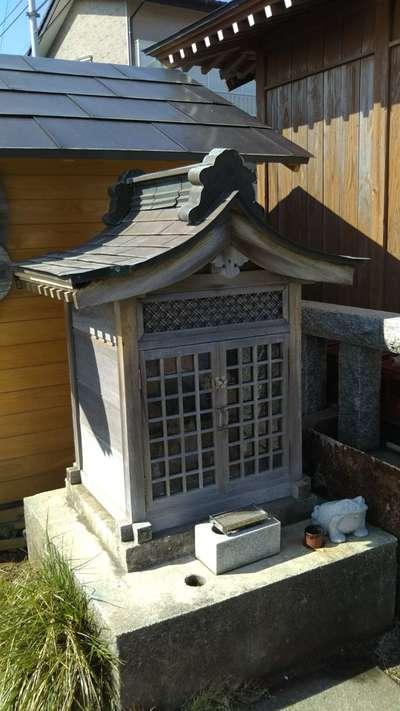 水神社の末社