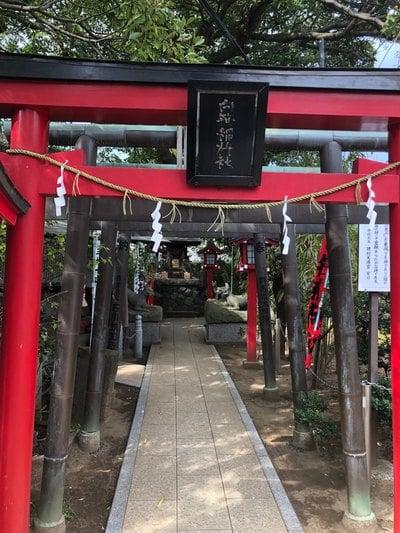 神奈川県岡村天満宮の鳥居