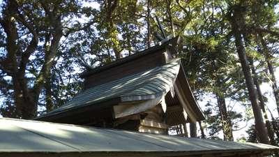 香取八幡神社の本殿