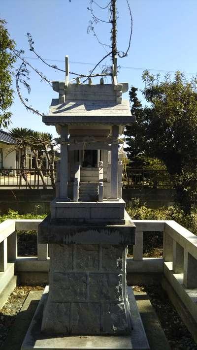 稲荷神社の末社
