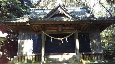 折居神社の本殿