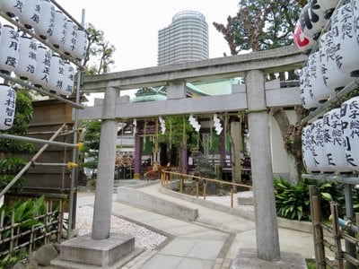 東京都高木神社の鳥居