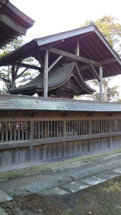 銭谷稲生神社の本殿