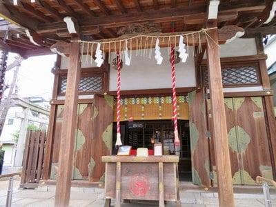 東京都飛木稲荷神社の本殿