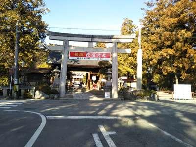 山梨県浅間神社の本殿