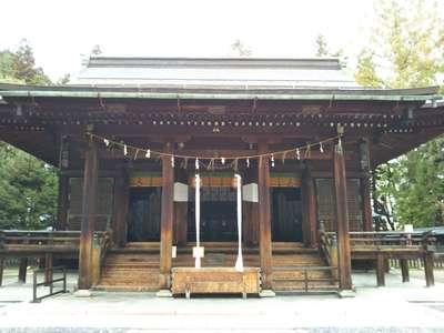 山形県上杉神社の本殿