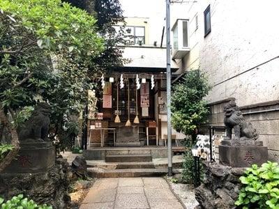 末廣神社の狛犬