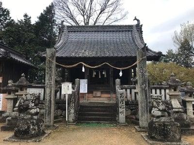 縣主神社の本殿