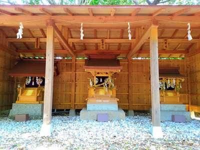 野間神社の山門