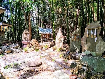御嶽神社の末社