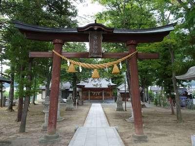 長野県布制神社の本殿