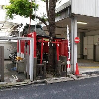 東京都延壽稲荷神社の鳥居