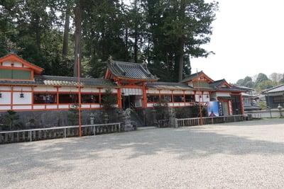 奈良県墨坂神社の本殿