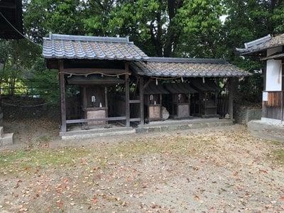 角宮神社の末社