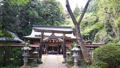 都々古別神社(馬場)の本殿