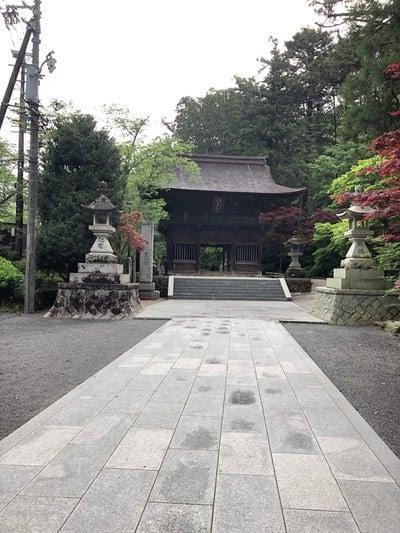 静岡県尊永寺の本殿