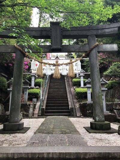 神奈川県師岡熊野神社の鳥居