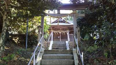 種殿神社の鳥居
