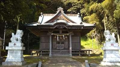 津神社の本殿