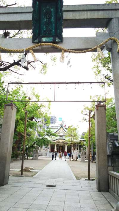 大阪府難波八坂神社の鳥居