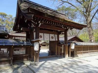京都府河合神社の山門