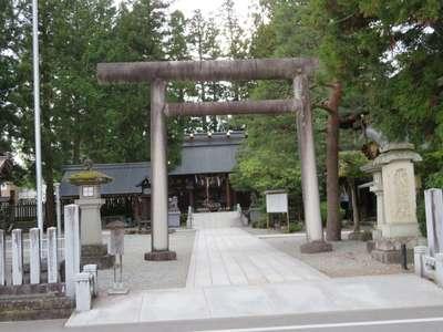 岐阜県飛騨総社の鳥居