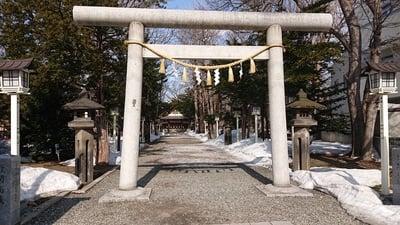 北海道新琴似神社の鳥居
