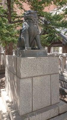 三吉神社(北海道西8丁目駅) - 狛犬の写真