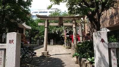 東京都御園神社の鳥居