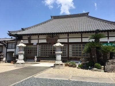 愛知県曹源寺の本殿