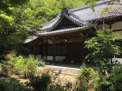 高讃寺の本殿