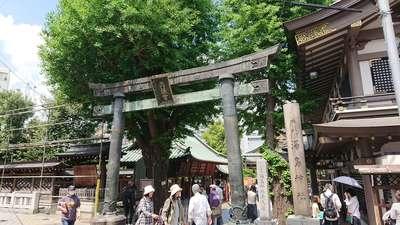 東京都湯島天満宮の鳥居
