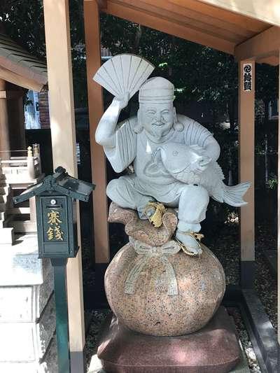 大鳥神社の像