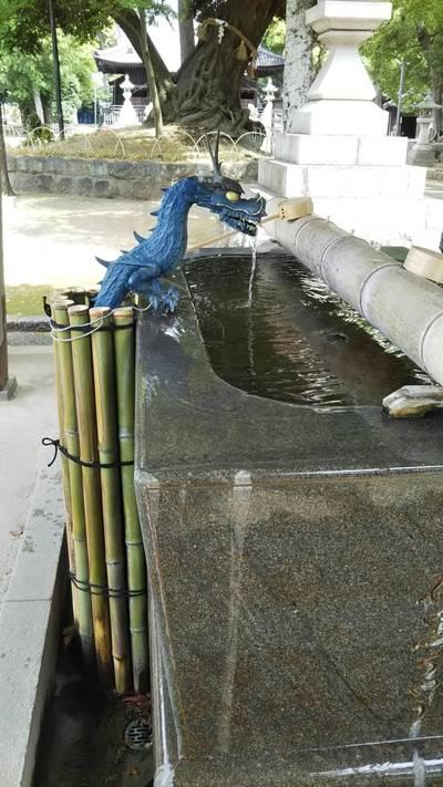 豊川閣 妙厳寺(豊川稲荷)の近くの神社お寺 豊川進雄神社