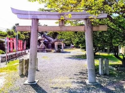 稲荷社(堀田稲荷神社)の鳥居