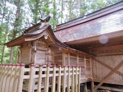 福島県高倉神社の本殿