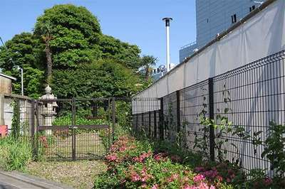 東京都靍護稲荷神社の写真